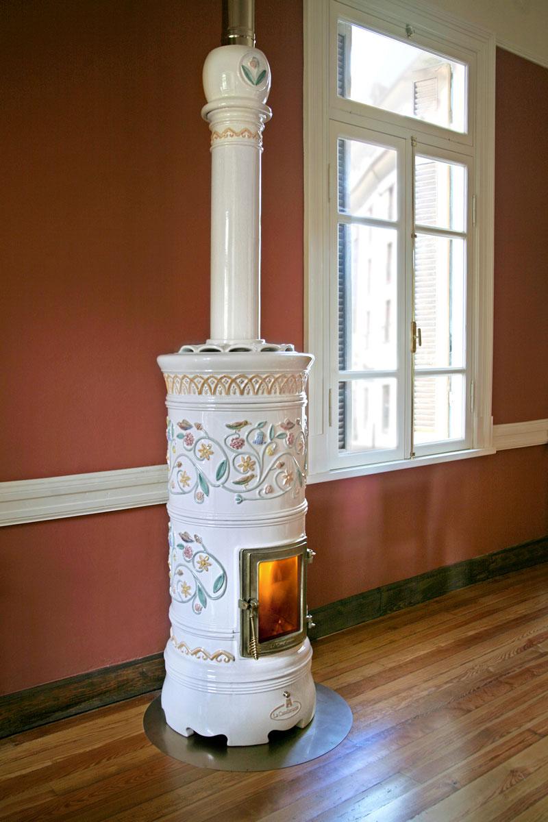 Stufa a legna la castellamonte rond 3 misura bianca pramar casa - Stufa a legna in ceramica ...